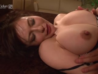 Passionate Making love connected with Busty Grown-up Wife Yuki Tsukamoto (Uncensored JAV)