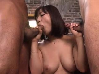 Wakaba Onoue goes down on two over-nice dicks