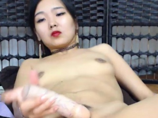 Amazing Asian Amateur Toys Herself Aloft Cam