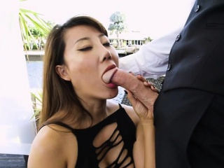 Hot Boss Tiffany Rain Sucks Big Cock Of Geeky Assistant