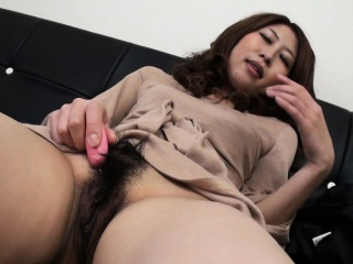 Asian for an to blame unsettled bitch who wants to cum so rejected