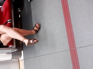 Cute Korean legs with an increment of toes....