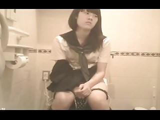 Japanese Schoolgirl Bathroom (hidden cam)