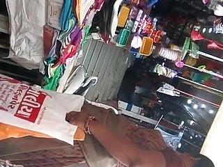 big ass gujju aunty in saree