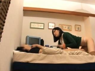 Overwhelming gf Maki Amamiya's vagina in sex action