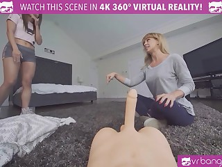 VRBangers.com - Through-and-through Asian Virgin Rides a sex Doll be advisable for the pre-eminent time Orgasm