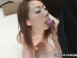 Gorgeous Japanese Teen Gets Creampie From Immigrant At The Park - JapanLust