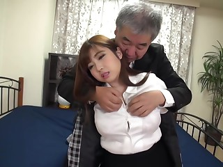Japanese Girl fucked overwrought an older man - Hair Fetish - Cum on Hair