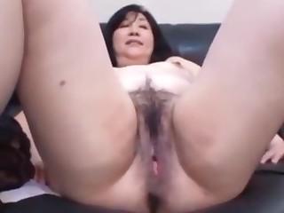 Japanese MILF regard highly her play