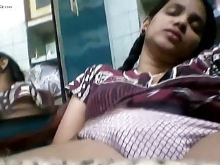 Indian College Unfocused Sex on Webcam Video Call